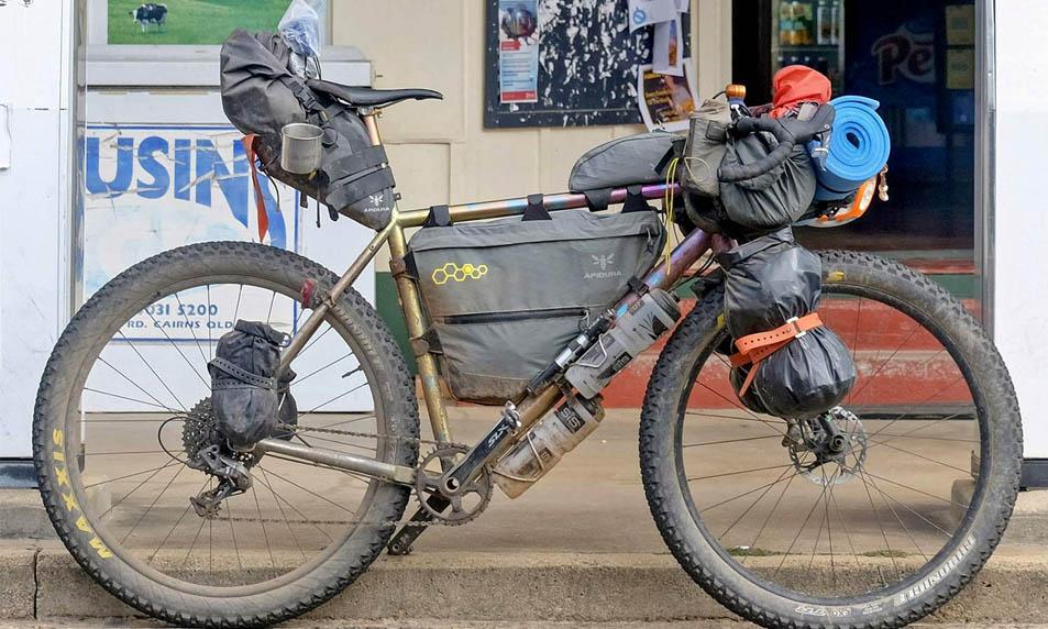bikepacking-bicicleta-gravel